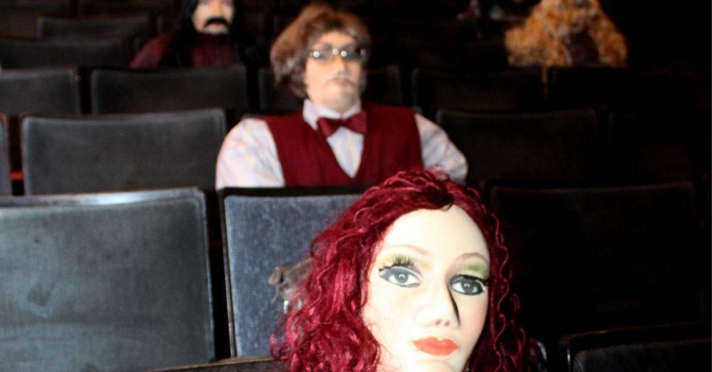 Puppen statt Publikum